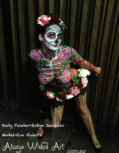 burlesque-dancers-body-painting-brisbane
